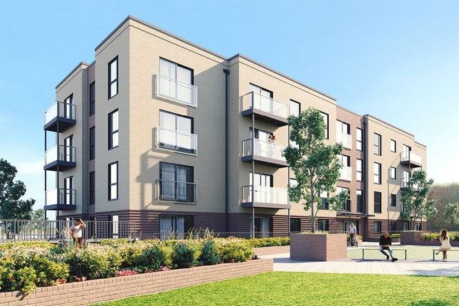 Thumbnail Flat for sale in Saxon Square, Luton, Bedfordshire