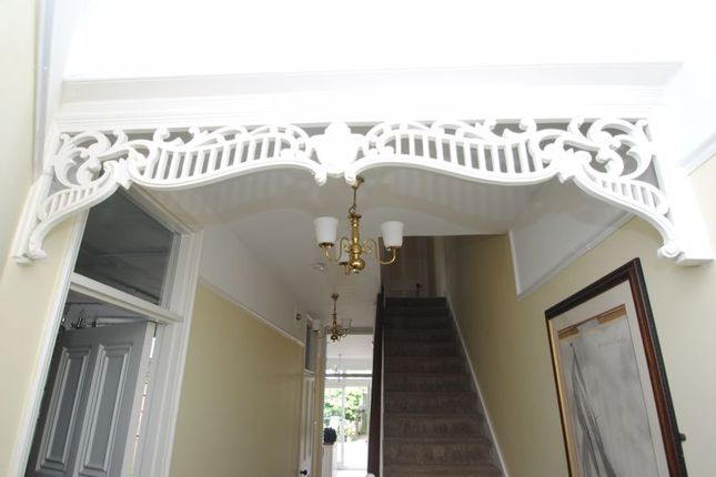 Photo 2 of Grove Court, Southbourne Grove, Westcliff-On-Sea SS0