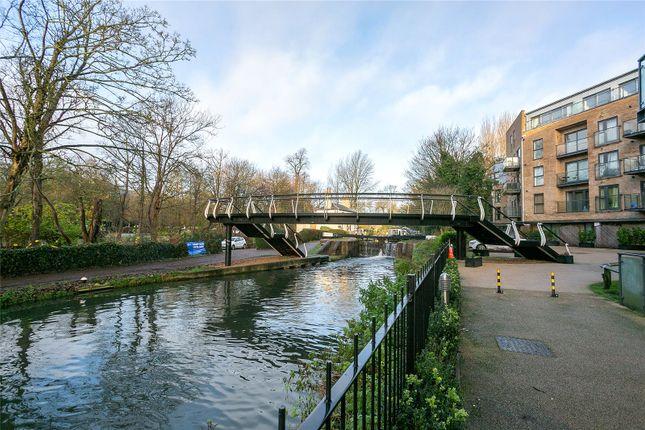 Picture No. 08 of The Embankment, Nash Mills Wharf, Hemel Hempstead HP3