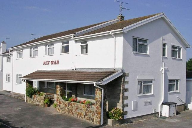 Thumbnail Hotel/guest house to let in Pen Mar, Tenby
