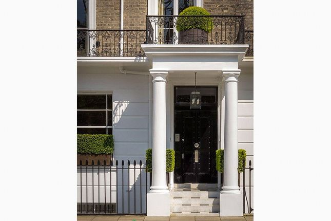 Thumbnail Terraced house for sale in Thurloe Square, South Kensington