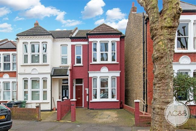 Thumbnail Flat for sale in Uffington Road, London