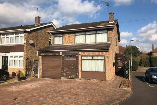 4 bed detached house for sale in Harrier Close, Hornchurch