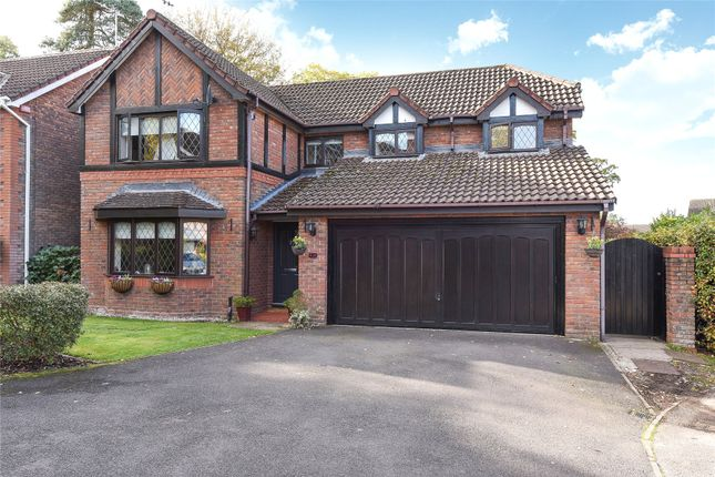 4 bed detached house for sale in Saxon Drive, Warfield, Berkshire