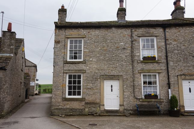 Thumbnail Cottage to rent in West End, Middleham, Leyburn