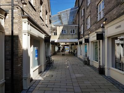 Thumbnail Retail premises to let in Red Lion Yard, Sir Isaacs Walk, Colchester, Essex