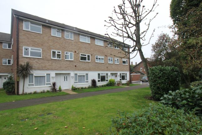 Thumbnail Flat to rent in Fulwood Close, Hayes
