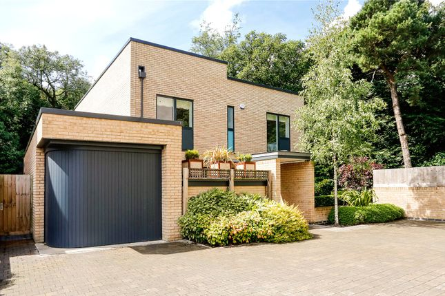 Thumbnail Detached house for sale in Cliveden Gages, Taplow, Maidenhead