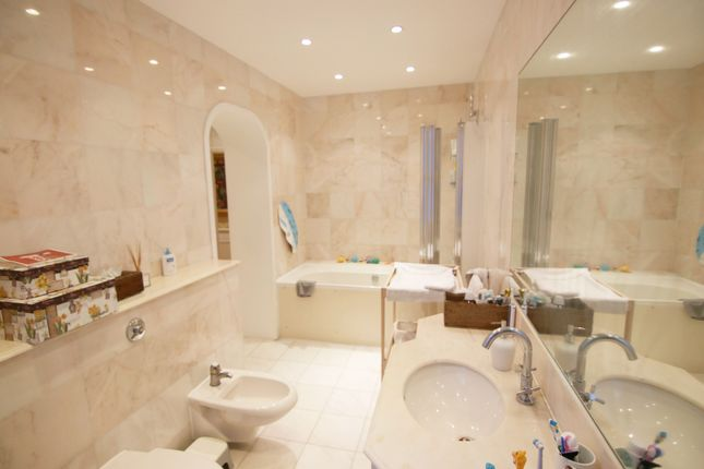 Thumbnail Flat for sale in The Pryors, East Heath Road, Hampstead
