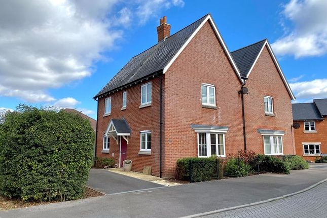 3 bed semi-detached house to rent in Boulter Road, Andover SP11