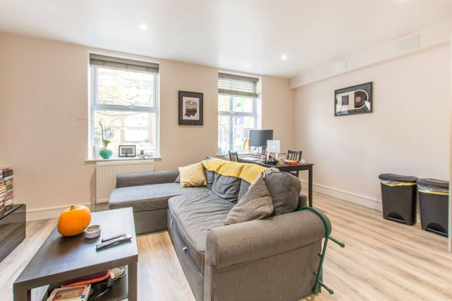 Thumbnail Flat to rent in Flat 1, 116 Fonthill Road, Finsbury Park, London