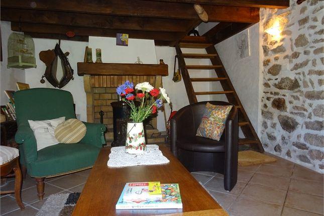 2 bed property for sale in Rhône-Alpes, Loire, La Pacaudiere