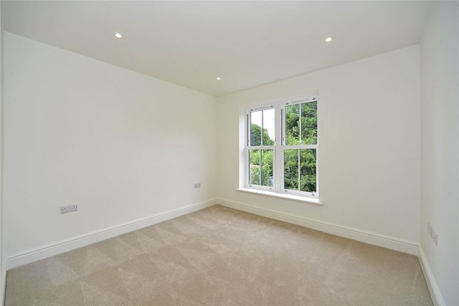 Picture No. 22 of Mill Lane, Witley, Surrey GU8