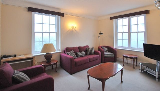 2 bed flat to rent in Ascot Court, Grove End Road, St John's Wood, London
