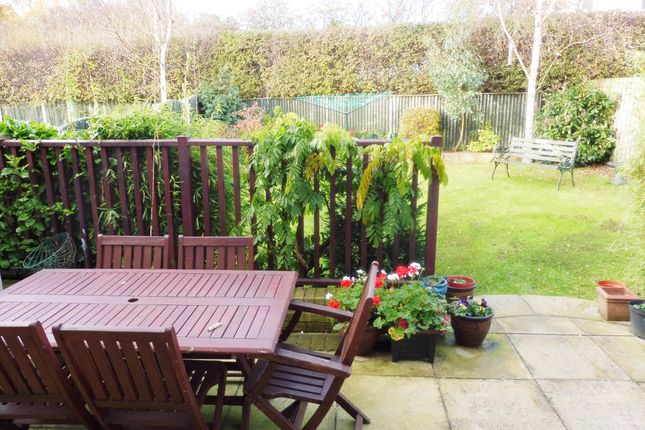 Patio of Windmill Court, Wombwell S73