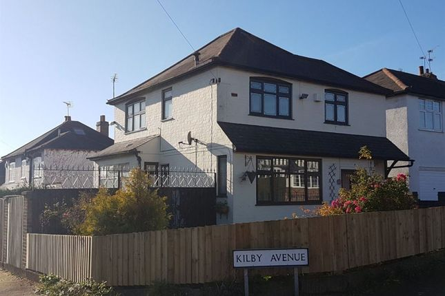 Thumbnail Property to rent in Curzon Avenue, Birstall, Leicester