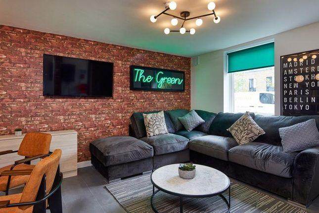 Thumbnail Room to rent in The Green, De Walden Way, Bradford