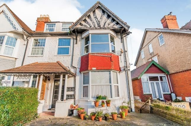 Front of Scarbrough Avenue, Skegness PE25