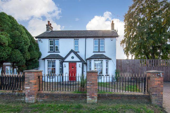 Thumbnail Detached house for sale in Toddington Road, Luton, Bedfordshire