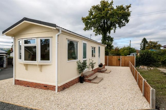 Thumbnail Mobile/park home for sale in 12 Crossways Park, Howey, Llandrindod Wells