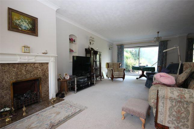 Picture No. 04 of Sauncey Avenue, Harpenden, Hertfordshire AL5
