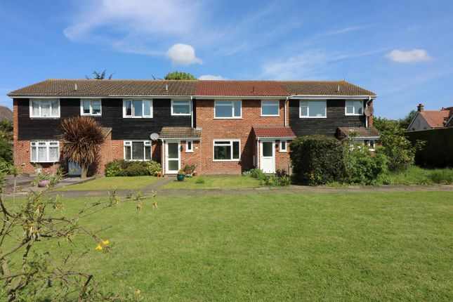 Thumbnail Terraced house to rent in St. Andrews Lees, Sandwich
