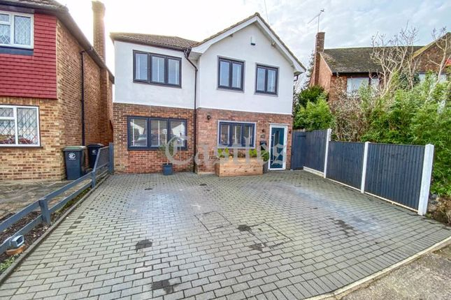 Thumbnail Detached house for sale in Mead Court, Waltham Abbey, Essex