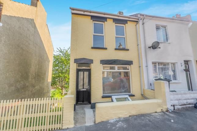 Thumbnail End terrace house for sale in Victoria Road, Chatham, Kent