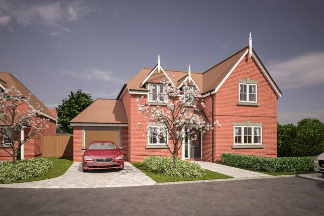 Thumbnail Detached house for sale in Woodlands Park Road, Maidenhead