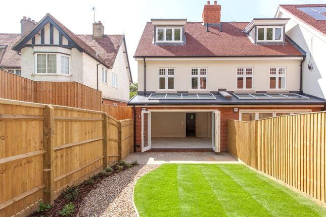 Thumbnail End terrace house for sale in High Street, Wargrave, Berkshire