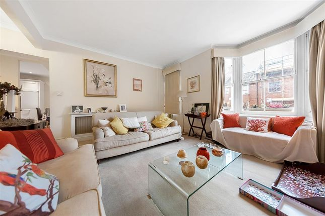 Thumbnail Flat for sale in Burnaby Street, London