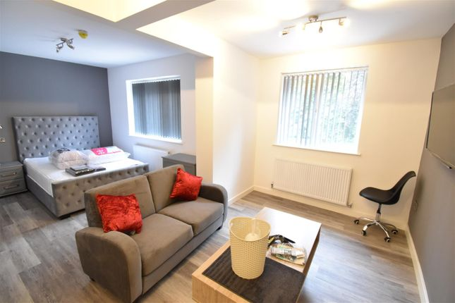 5 bed shared accommodation to rent in Room G, St. Martins Road, Coventry CV3