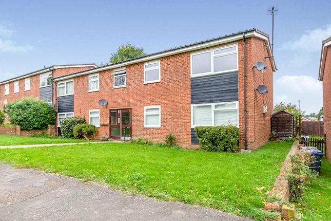 Thumbnail Flat for sale in Kingham Road, Wareside, Ware