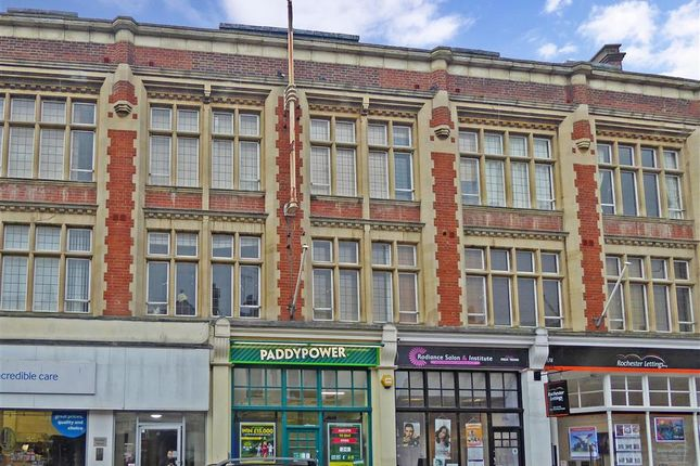 Thumbnail Flat for sale in High Street, Rochester, Kent