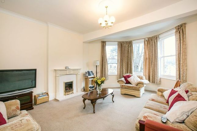 Thumbnail Maisonette for sale in Underhill Road, London