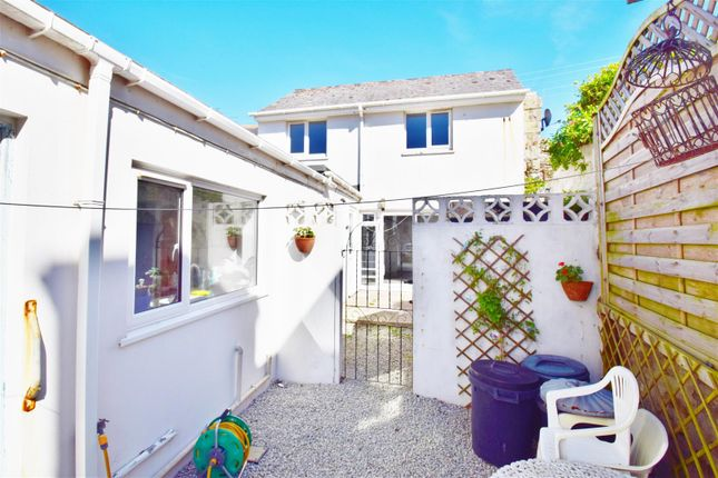 Thumbnail Cottage to rent in The Gue, Porthleven, Helston