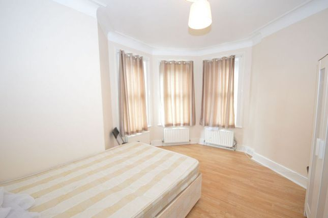 Thumbnail Terraced house to rent in Meads Road, London