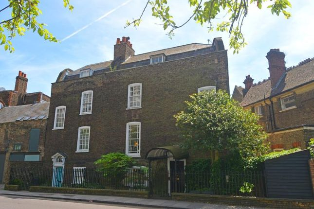 Thumbnail Semi-detached house for sale in Hornsey Lane, London
