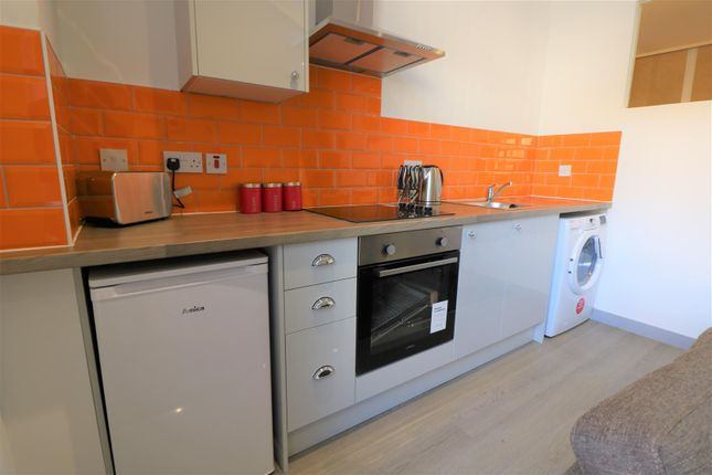 Kitchen of Ferens Court, Anlaby Road, Hull HU1
