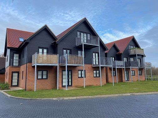 2 bed flat to rent in Kingsfield Road, Biggleswade SG18