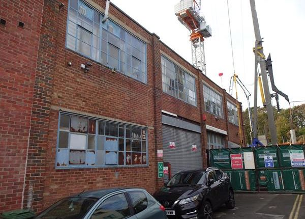 Thumbnail Office to let in 25 Freehold Terrace, Brighton, East Sussex