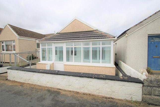 3 bed detached bungalow to rent in Brooklands, Jaywick, Clacton-On-Sea CO15