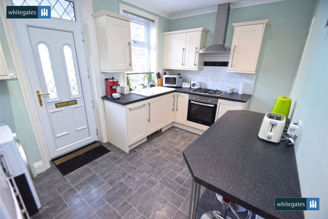 Kitchen of Caister Grove, Keighley, West Yorkshire BD21