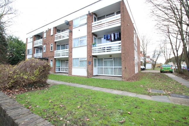 Thumbnail Flat to rent in The Gables Flat 11, The Gables, Heston Road, Hounslow