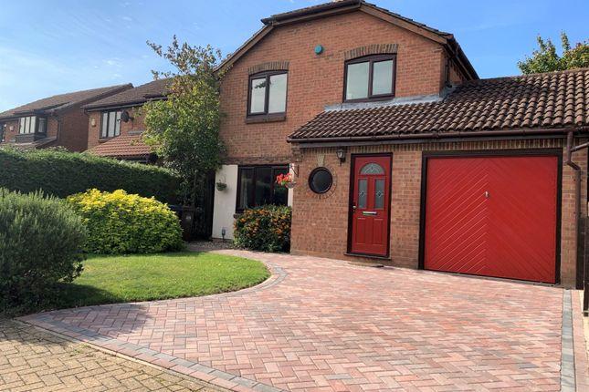 Thumbnail Link-detached house for sale in Larchwood, Thorley, Bishop's Stortford