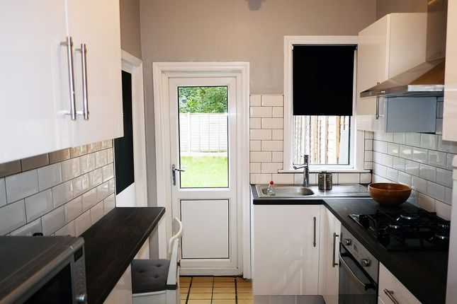 Thumbnail Terraced house to rent in Clarence Road, London