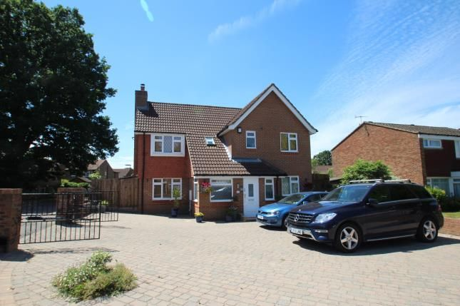 Thumbnail Detached house for sale in Mallard Close, Horley, Surrey