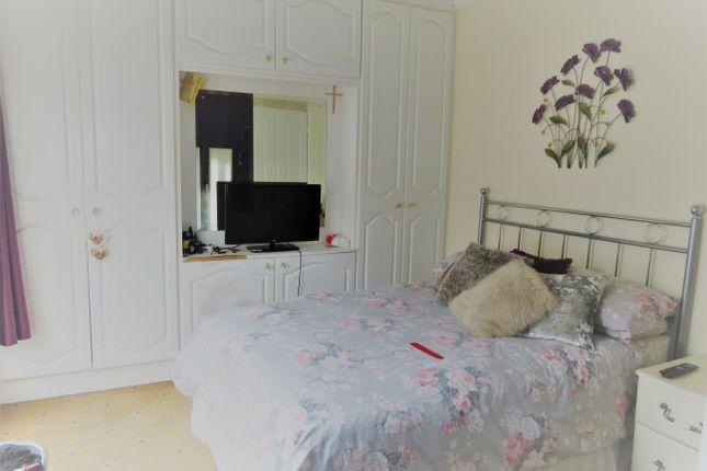 Bedroom 1 of Derby Road, Abington, Northampton NN1
