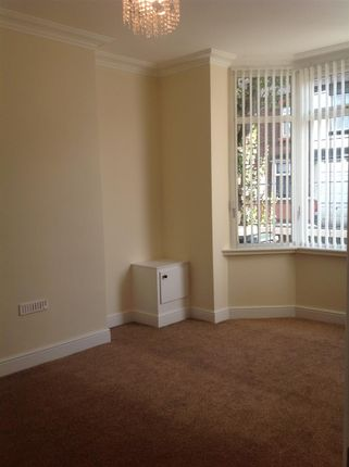 3 bed terraced house to rent in Campbell Road, Stoke, Stoke-On-Trent