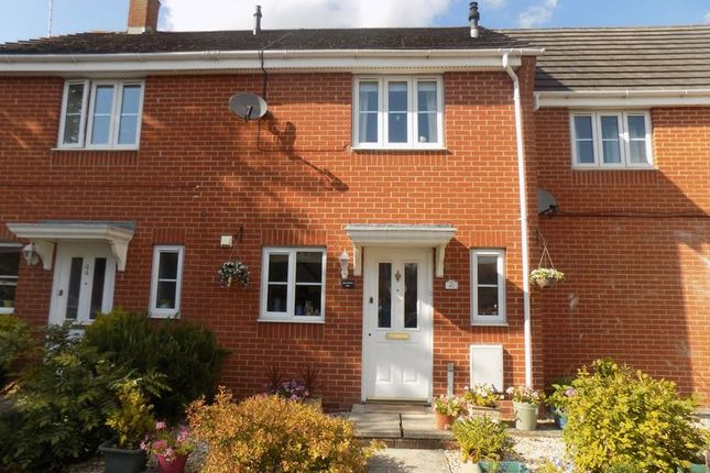 2 bed end terrace house for sale in Callington Road, Swindon